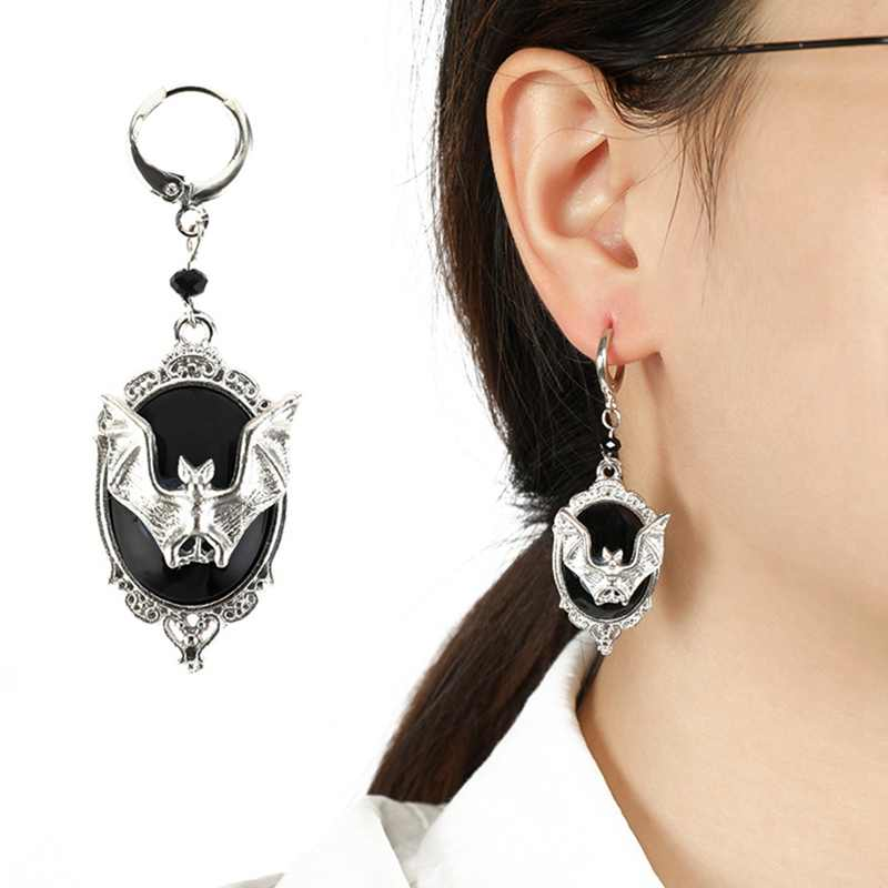 1 Pair Antique Silver Color Bat Earrings Halloween Gothic Vampire Bat Drop Dangle Earrings Halloween Party Fashion Jewelry New