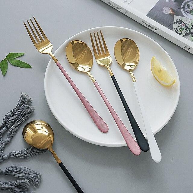 Utensílios de talhares ocidental, talheres de aço inoxidável, colher, garfo, faca para salada de espaguete, bife, comida, fotografia, adereços de decoração de tiro