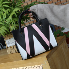 Winter Bags Woman 2019 hot Striped Messenger Bag Female Leather crossbody Handbags Casual Small Lady Shoulder Bag Mobile Phone