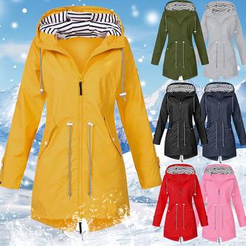 Vertvie 2020 kurtka damska płaszcz wodoodporna kurtka przejściowa Outdoor Hiking odzież lekki płaszcz przeciwdeszczowy damski płaszcz przeciwdeszczowy tanie i dobre opinie WOMEN Poliester Airpolar 100 Szybkie suche Wiatroszczelna Termiczne Wiatrówka Camping Hiking Jackets Pasuje prawda na wymiar weź swój normalny rozmiar