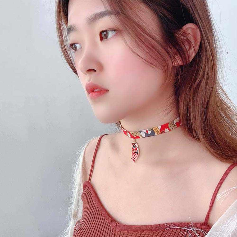 Japoński styl wstążka liny lalki Choker Harajuku romantyczne kobiety dziewczyny ptak kot karpia wisiorek krótki naszyjnik Choker łańcuch biżuteria
