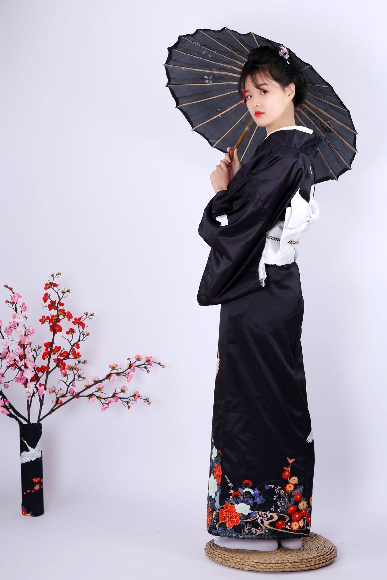 Japan Kimono Traditional Woman Kimono Dress Black Sleeve Kimono Tradition Red-crowned Crane Handle Kimono Japanese Roupa Geisha