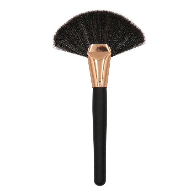 1pcs Soft Make Grote Fan Brush Foundation Blush Blusher Poeder Highlighter Borstel Borstels Cosmetische Penselen