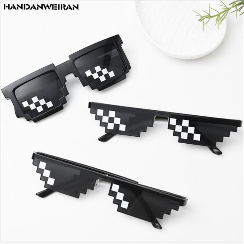 1pcs New Cool Mosaic Glasses Halloween Props Ball Dress Up Personalized Glasses Toys To Send Girls&Boys&Childs HANDNWEIRAN