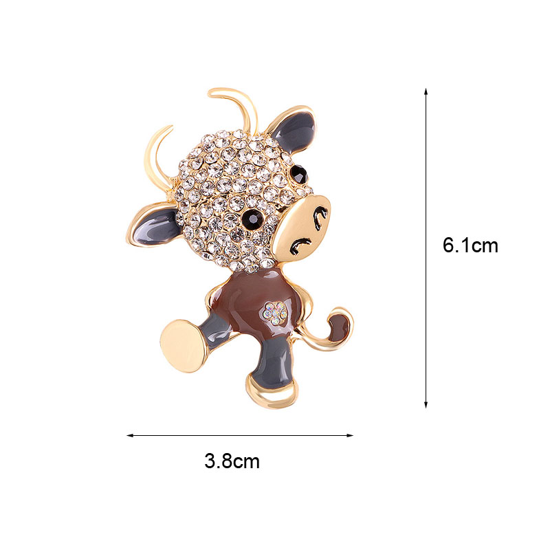 CINDY XIANG Rhinestone Bull Brooches For Women Zodiac Calf Brooch Pin 2021 Year Animal Brooch 3 Color Available