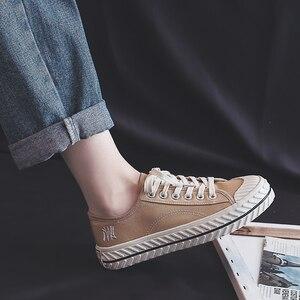 Image 4 - Vrouwen Canvas Schoenen 2019 Herfst Nieuwe Mode Sneakers Retro Schoenveter Trend Mode Ademend Platte Sneakers Casual Schoenen Vrouwen