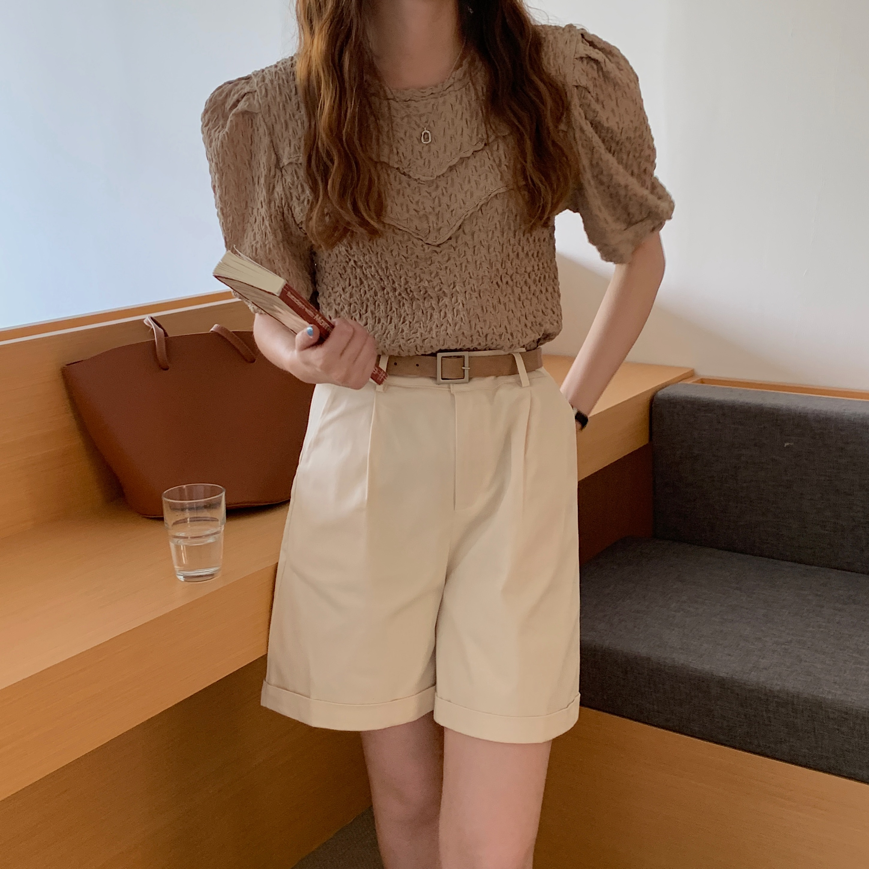 H2534f9cb82304e4cb8ff9532aa2efed2K - Summer O-Neck Short Sleeves Pleated Blouse