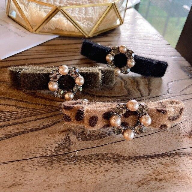 Femmes élégant mode imprimé léopard printemps coiffe cristal mignon fleurs printemps pince épingle à cheveux chapeaux à la main Hari accessoires