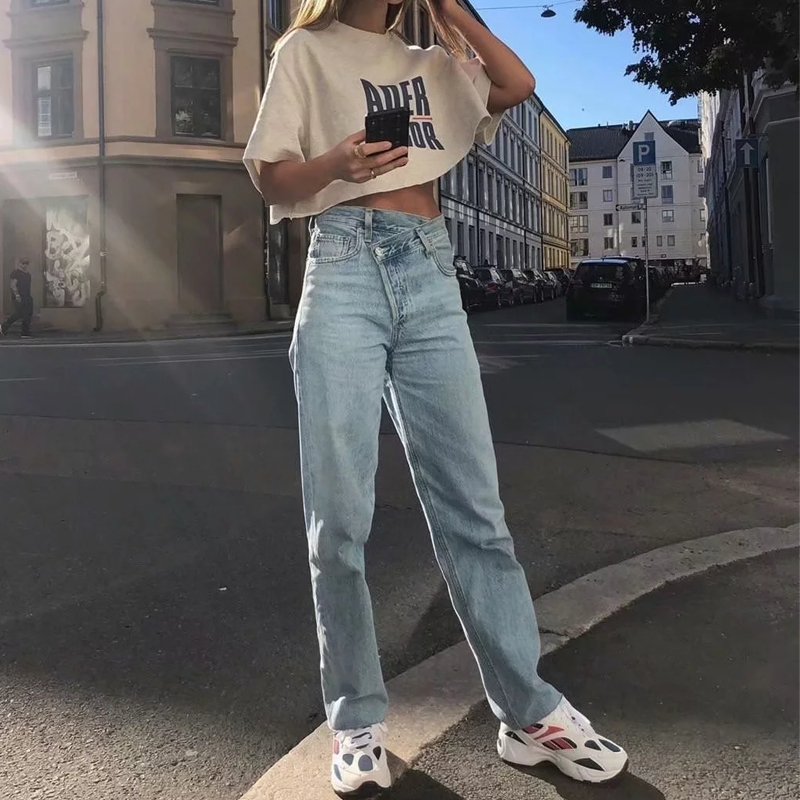 Women Asymmetric Fly   Jeans   With Button Closure Split Waist Straight Leg   Jeans