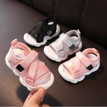 新夏子供サンダルブランドオープントゥ幼児の少年サンダル整形外科スポーツメッシュ男の赤ちゃんのサンダル靴