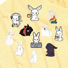 Chen Qingling – épingles en émail lapin blanc, accessoires de revers, badge TV, série Animal de dessin animé, bijoux amusants, cadeau pour enfants