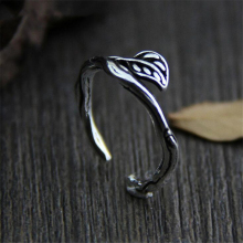 Silver 925 jewelry retro style entrance vine leaf delicate Thai Handmade Silver Ring birthday party ring