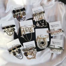 Retro design da marca feminina broches pinos crachá casaco de metal vintage estrela abelha rendas pérola artesanal série broche