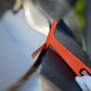 Image 5 - FOSHIO karbon Fiber mıknatıs sopa silecek vinil şal araba alet takımı otomatik pencere tonu aracı filmi yüklemek etiket sarma kazıyıcı