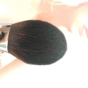 Image 4 - 1 pcs יוקרה עגול הקאבוקי מברשת עץ ידית כיפת צורת צפוף אבקת מברשת מחודד דיוק סומק אבקת איפור מברשת
