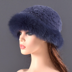 Image 4 - Vrouwen Echt bont Hoed konijnenbont en vossenbont Bescherming Oor Pluizige mutsen mode Gebreide cap warme winter bont hoeden voor vrouwen Ski