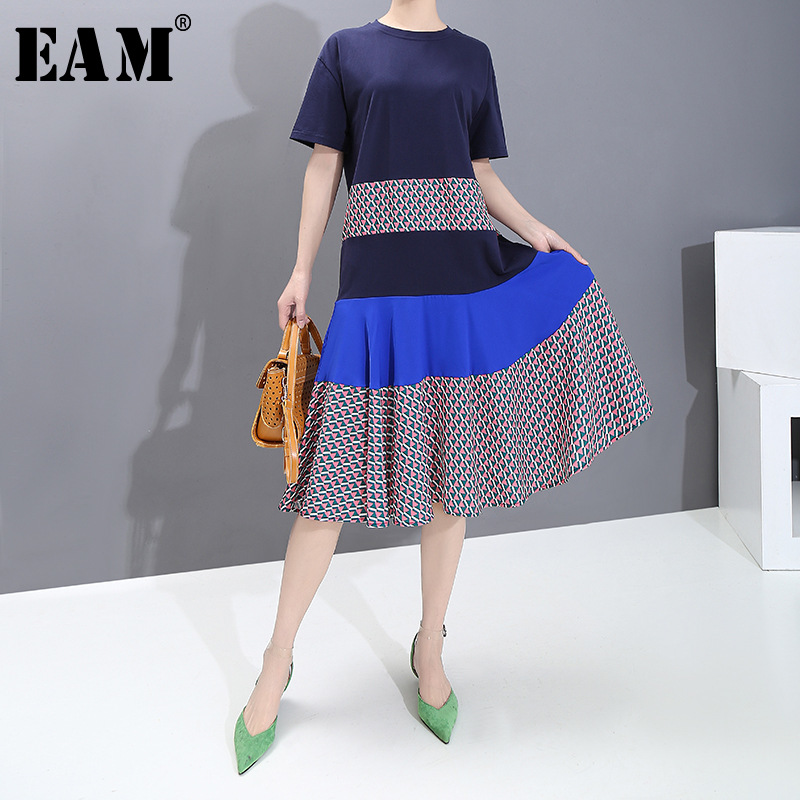 [EAM] Women Blue Pattern Printed Temperament Dress New Round Neck Short Sleeve Loose Fit Fashion Tide Spring Summer 2020 1S761