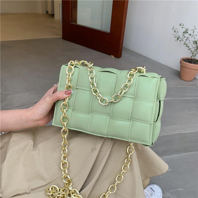 Модная трендовая универсальная плетеная Сумка через плечо для женщин 2021, однотонная сумка, дизайнерская маленькая квадратная сумка на цепо...