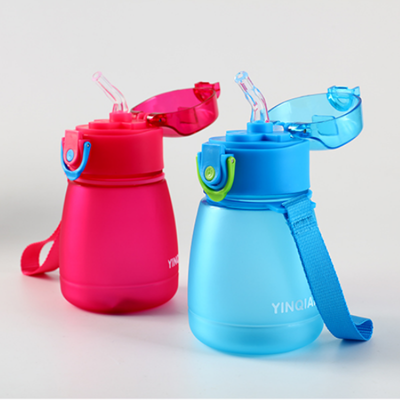 320ml Child Pipette Water Bottle With A Rope To Carry And Prevent Leakage Plastic Water Bottle-in Water Bottles from Home & Garden on AliExpress