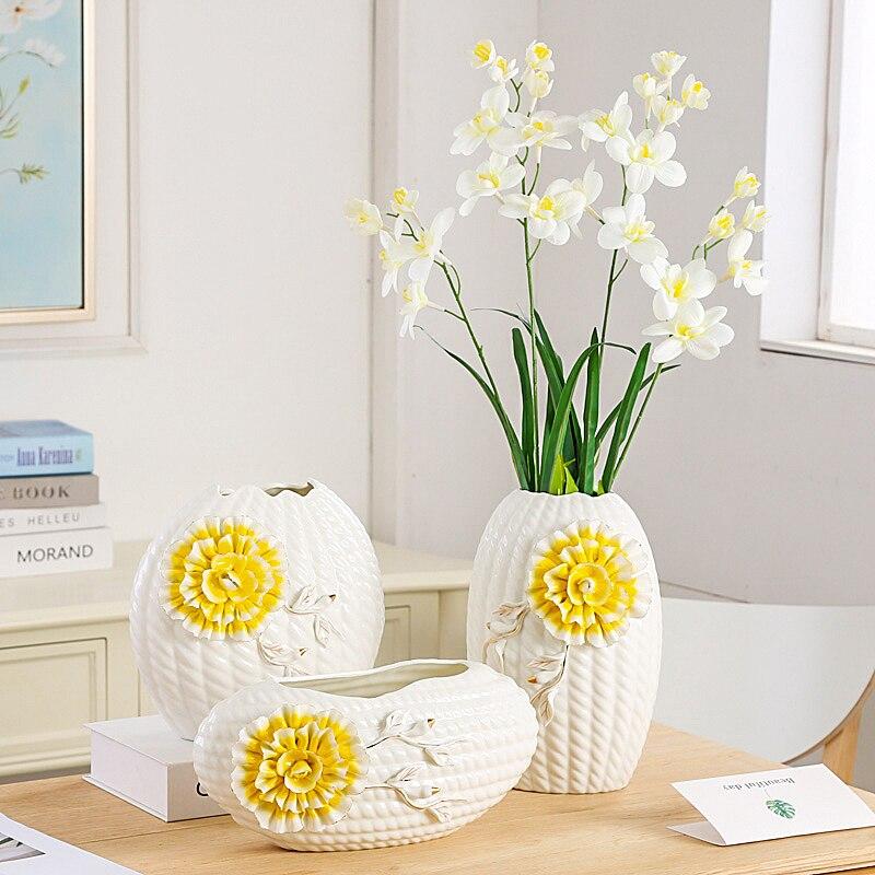 Europejski ceramiczny wazon kreatywny i nowy styl Tabletop biały wazony wyswietny jak bardzo ładny