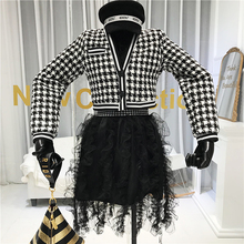 цена на Women 2 Piece Set Fashion Sexy & Club  Plaid Crop Top+high Waist Elastic Waist Skirts Two Piece Set Top and Skirts Suit Sets