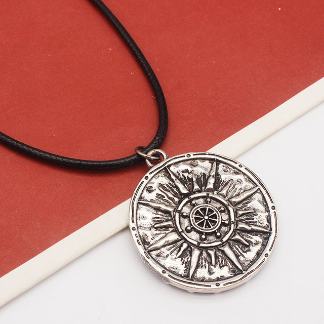 SKULL CIRCULAR DOUBLE SIDED NECKLACE