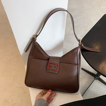 Осенне зимняя женская сумка большой вместимости в стиле ретро