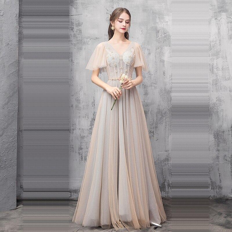 Купить с кэшбэком It's Yiiya Bridesmaid Dress for Girls Sleeveless Plus Size A-Line Tulle Bridesmaid Dress Sling Sequined Vestido Madrinha K364