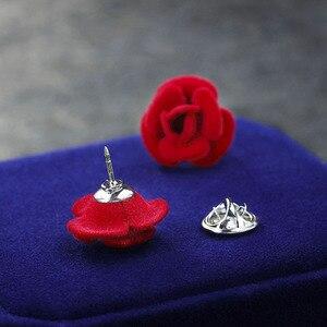 1 pcs Elegant Red Rose Flower