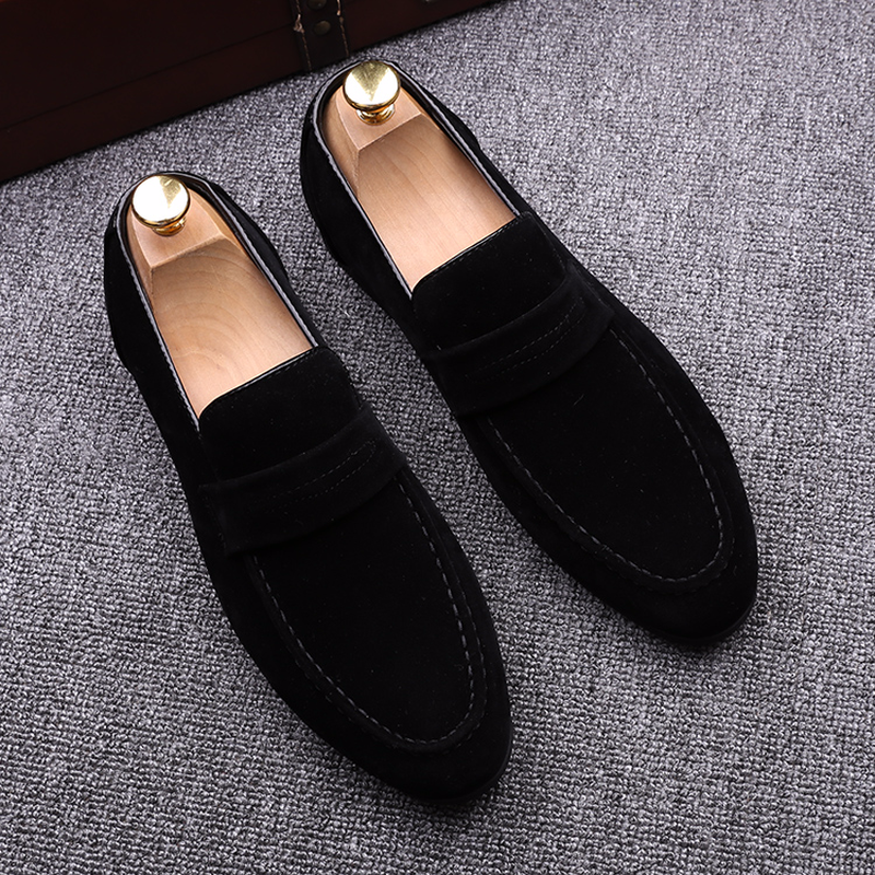 QWEDF Brand New 2019 Black Men Loafers Shoes Luxury Slip-on Moccasins Casual Men Shoes Suede Leather Men's Flats Shoes SY-32