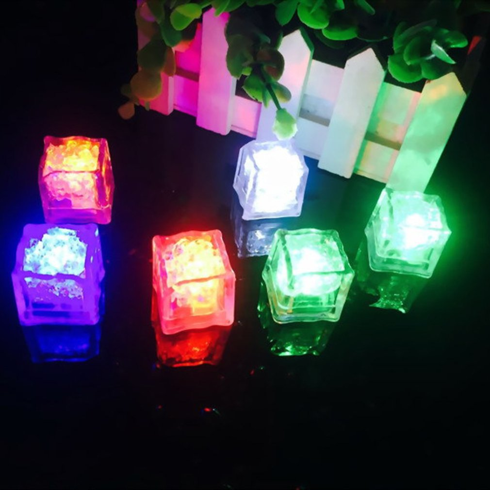 Fashion Party In The Tub Children's Bath Lamp Floating Lamp Bathtub Waterproof Colorful LED Lamp Toys Flashing Ice Cube