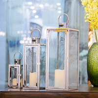 European Stainless Steel Windbreak Lamp Golden Retro Candleholder Simple Decoration Candle Stand Wedding Centerpieces 50zt0101