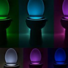 Sensor de movimiento de luz nocturna LED 8 colores 16 colores cambio automático de luz de inodoro