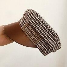 ฤดูใบไม้ร่วงและฤดูหนาวยุโรปขนาดเล็กจดหมายหนังตามเส้นทาง Houndstooth แบนหมวกหมวกแฟชั่นหมวก Hepburn กองทัพหมวก