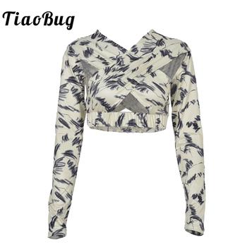 Seksowne wycięcie t-shirty damskie z nadrukiem roślinnym typu Wrap z długim rękawem topy w kratkę bandażowy Crop koszulka letnia odzież Streetwear tanie i dobre opinie TiaoBug CN (pochodzenie) Lato POLIESTER Z wycięciami tops Z KRÓTKIM RĘKAWEM Pełne REGULAR Dobrze pasuje do rozmiaru wybierz swój normalny rozmiar