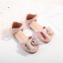 Nowe dziewczyny księżniczka taniec buty z kryształkami dzieci letnie studenckie moda Baotou sandały dziecięce maluchy płaskie 03A tanie tanio KEUEK RUBBER 4-6y 7-12y 12 + y 16cm 17cm 17 5cm 18cm 18 5cm 19cm 19 5cm 20cm 20 5cm CN (pochodzenie) Lato Moda sandały