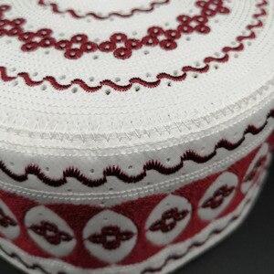 Image 5 - Kippah イスラム祈りの敷物 Topi サウジアラビアアバヤ祈りキャップ赤白の幾何学模様 Seccade Namaz Mütze ダーメンイスラム男性