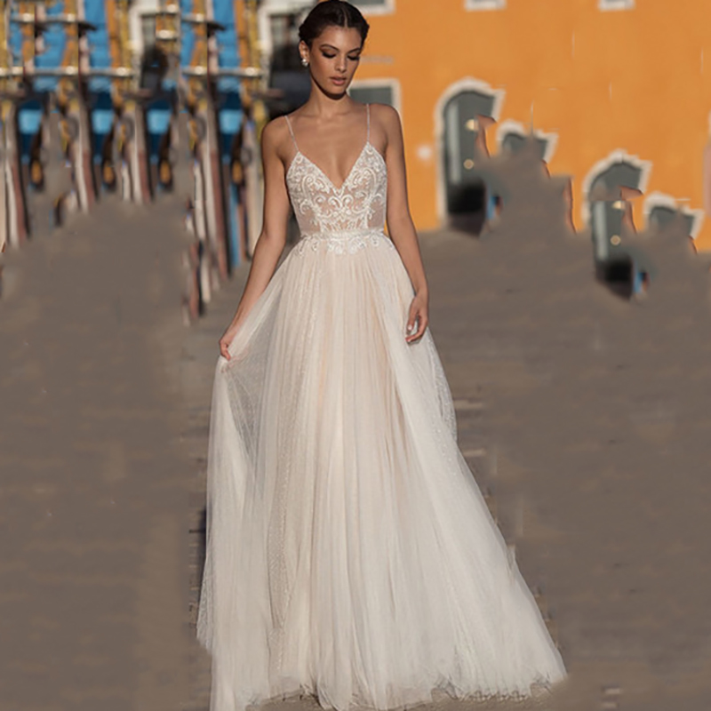 Eightree Beach Wedding Dress Boho Vestido De Noiva 2020 Bohemian Bridal Dress Backless Spaghetti Straps V Neck Wedding Gowns