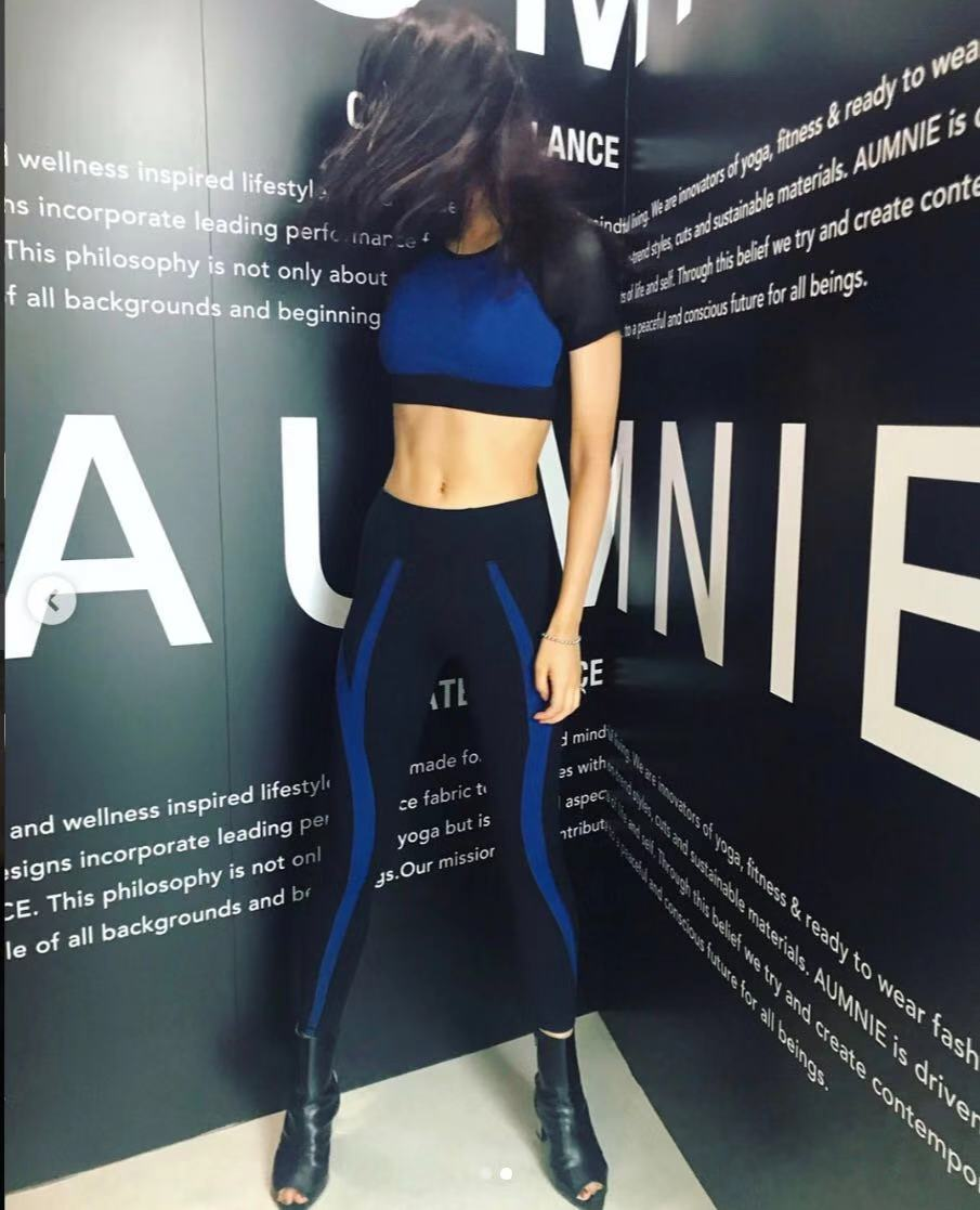 Seamless Yoga Set Women Fitness Clothing Sportswear Woman Gym Leggings Padded Push up Strappy Sports Bra 2 Pcs Sports Suits set in Yoga Sets from Sports Entertainment