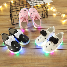 Butterfly fashion LED lighting baby casual shoes elegant beautiful girls party running sneakers infant tennis