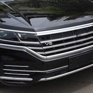 Image 5 - 1pc SEEYULE カスタマイズされた車フロントグリル V6 エンブレムグリル装飾 ABS シルバーステッカーアクセサリー vw フォルクスワーゲントゥアレグ 2019