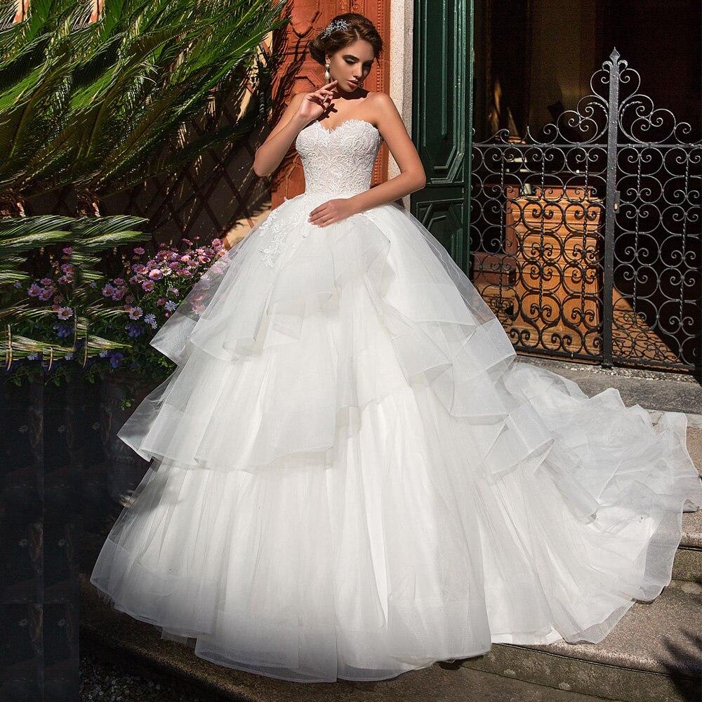 Fantastic Bride Wedding Dresses With Tulle Ruffles Sweetheart Sleeveless Applique Vestido De Noiva Bridal Gown Little Train