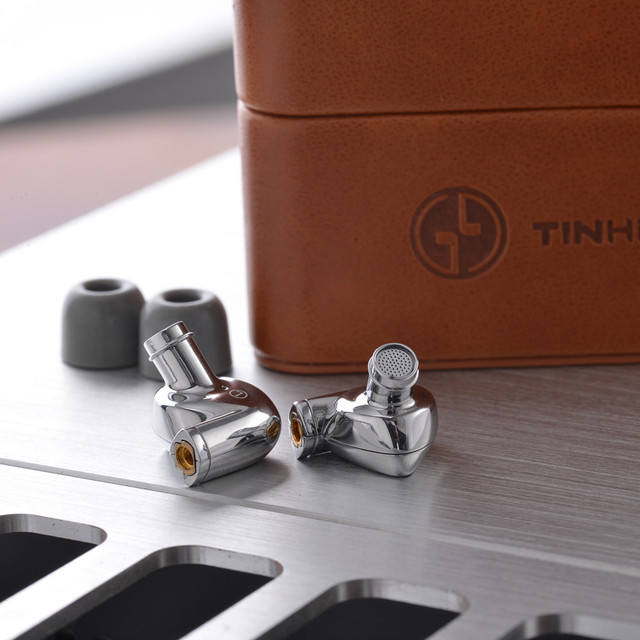 TINHiFi P1 10mm Planar-Diaphragm Driver in-Ear Earphones Hifi Earphone with Detachable MMCX Cable TINHIFI T2 P1 T3 T2 PRO T4 2