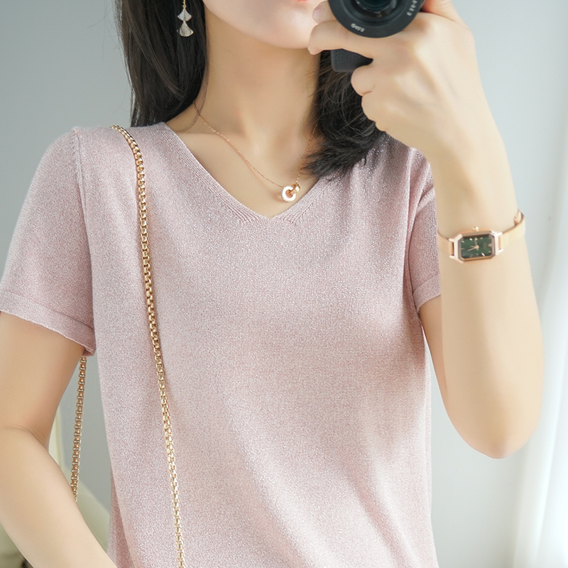 2021 summer new ice silk short-sleeved T-shirt female V-neck half-sleeved sweater plus size knitted thin T-shirt