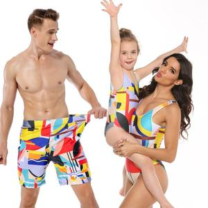 New Family Matching Swimsuit Print Parents Child Swimwear Father Son Swim Trunks Mommy and Me Swimming Bodysuit Summer Clothes