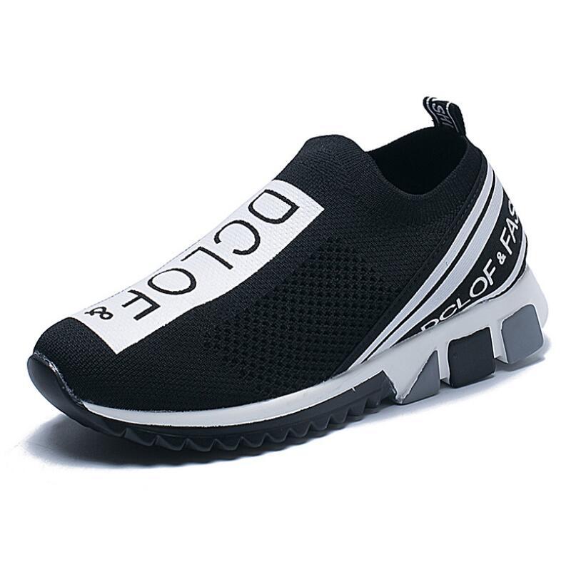 2021 New Brand Designer Unisex Casual Slip on Walking Shoes Men Sneakers Men Shoes Jogging Shoes Women Breathable Max Size 45 35