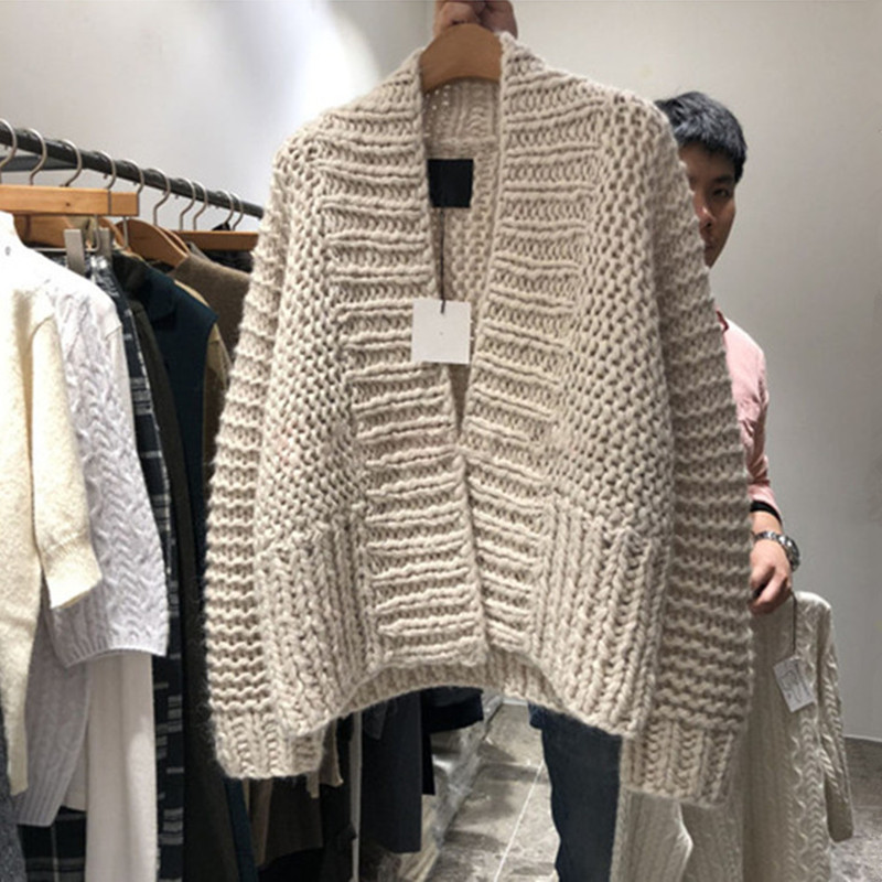 Vintage Chunky Knit Cardigan Women Autumn Winter Thick V Neck Knitted Cardigan Sweater Ladies Knitwear Coats