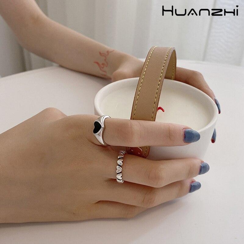 Женское кольцо с металлическим отверстием HUANZHI, регулируемое Винтажное кольцо с черным сердечком, вечерние, 2020
