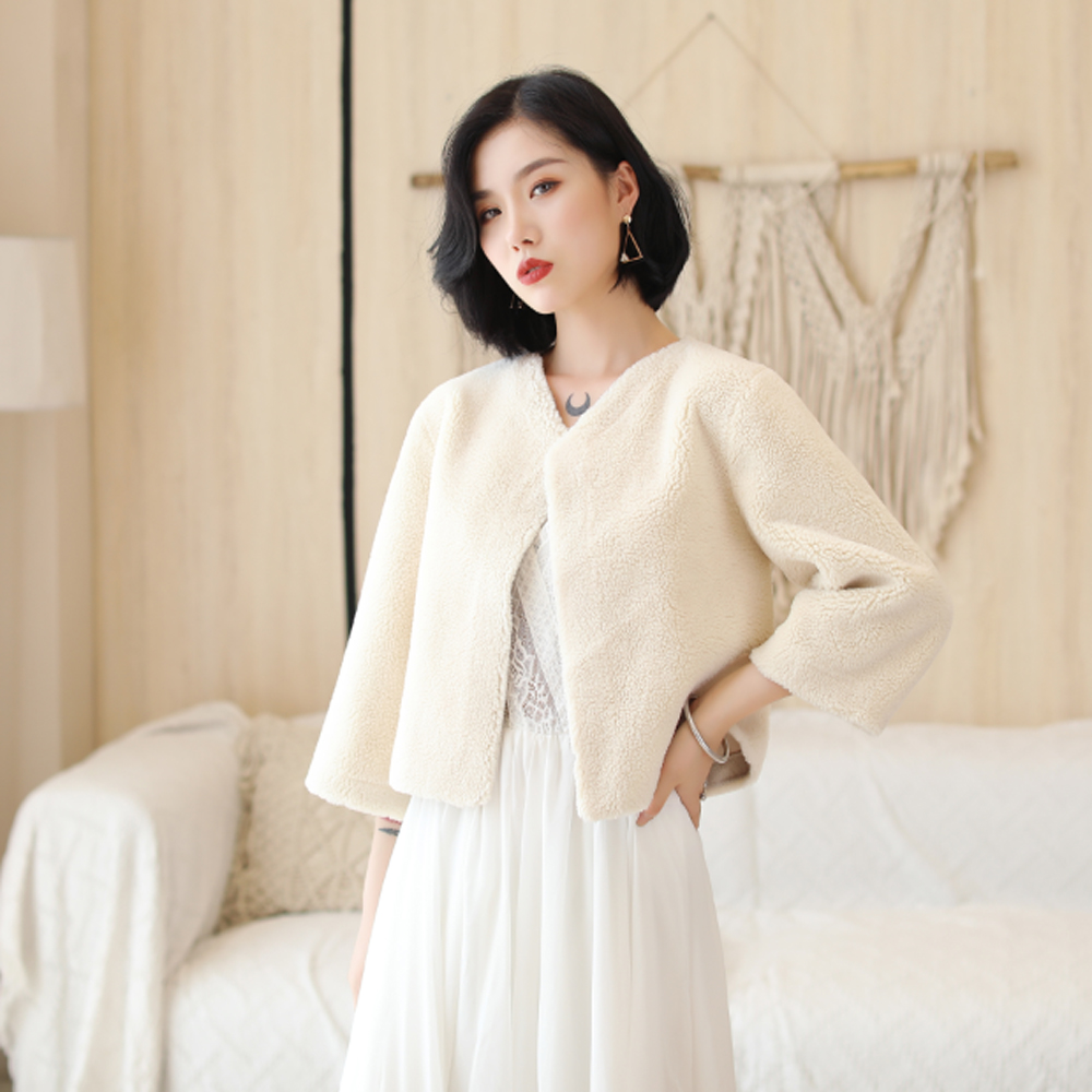 Winter 3/4 Long Sleeve Bridal Coat Warm Ivory Faux Fur Bridal Bolero Faux Fur Wedding Party Jacket