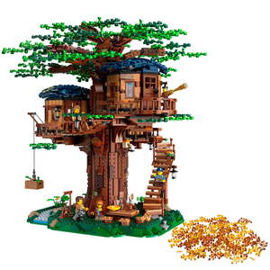 In stock 21318 New Tree House